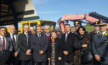 Lentini, la nuova stazione e il treno dei desideri