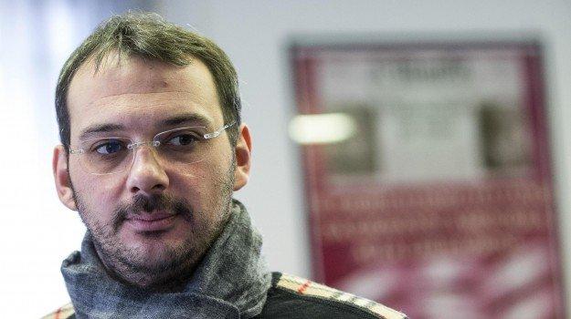 Intervista a Paolo Borrometi: Vivo ogni giorno con la paura, ma ho continuato a scrivere