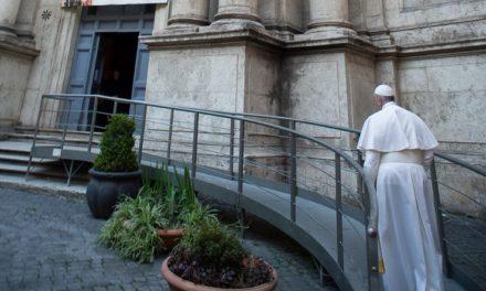 COVID-19: Insieme, in preghiera con il Papa