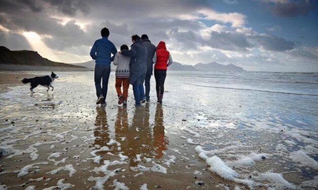 OLTRE IL COVID 19: Che significa aiutare le famiglie?