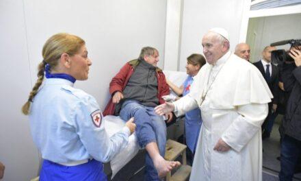"""Papa Francesco: """"Ascoltare il grido silenzioso dei poveri"""""""