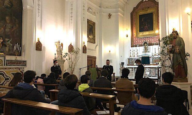 """""""Connessione studenti Siracusa"""" e Carabinieri Ortigia: Volontariato e Servizio"""