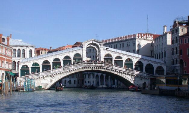 Decalogo città d'arte: Siracusa con Venezia e Firenze